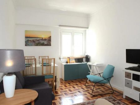 2-bedroom apartment, superb view of the Tagus, free parking, 5m from Jerónimos