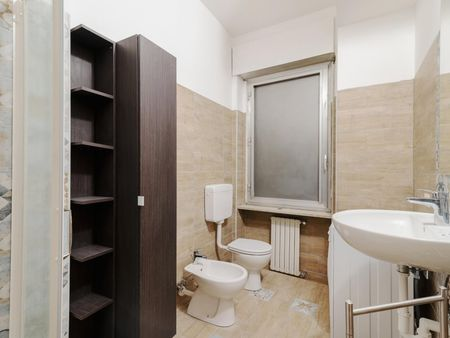 Incredible double bedroom near Villa S. Giovanni metro station