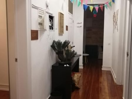 Very good room, in a ver nice house. Double bedroom, with balcony, in 5-bedroom apartment