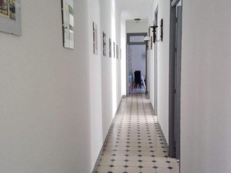 4-Bedroom apartment near Facultad de Ciencias Económicas y Empresariales