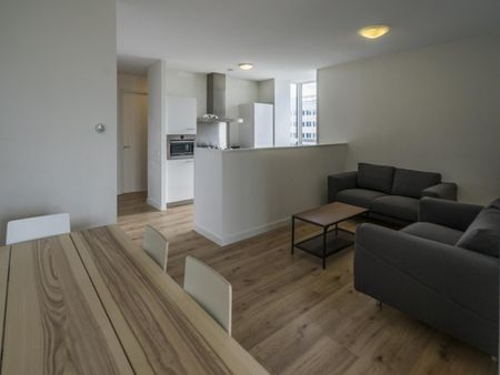 Cool single bedroom in a 4-bedroom apartment near Amsterdam Lelylaan transport station