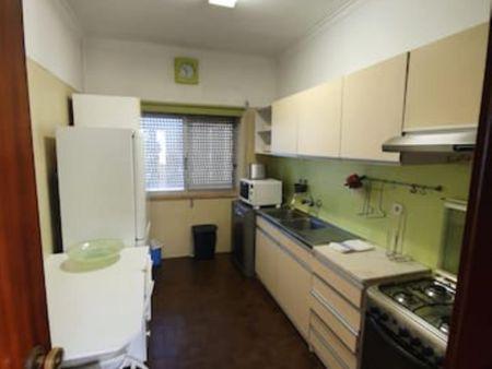1-Bedroom apartment near Bento Gonçalves metro station