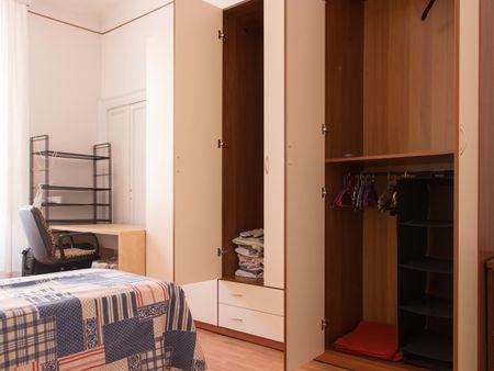 Single bed in a twin bedroom, close to Università degli Studi di MIlano