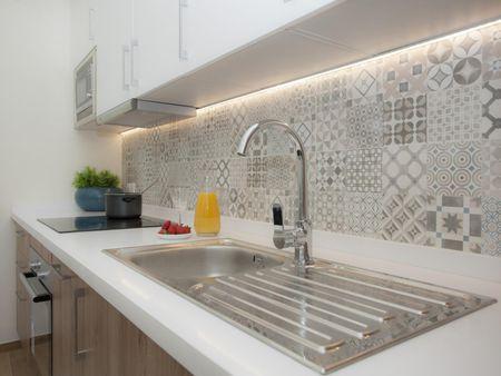 Comfy 1-bedroom apartment near Plaza de la Virgen