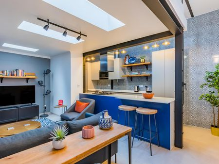 Great WFH Luxury Apartment with Gourmet Kitchen
