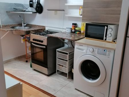 Double bedroom in Barcelona center with balcony!!!