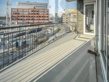 Charming double bedroom in a 3-bedroom apartment near Diemen Zuid train station