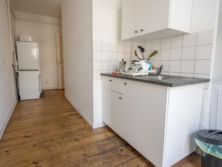 Comfy single bedroom in a 3-bedroom apartment near Berlin Ostkreuz Station