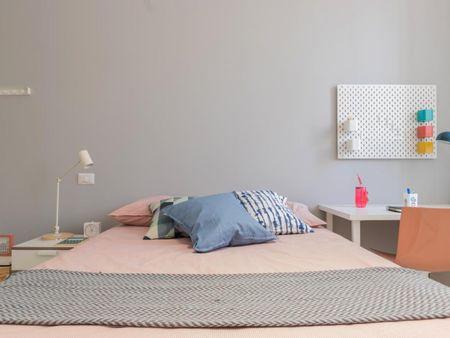 Amazing double ensuite bedroom near Università Bocconi