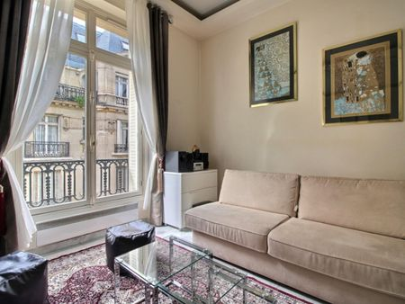 Elegant studio near Gare de Neuilly - Porte Maillot metro station