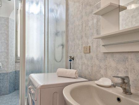 Cozy 2-bedroom apartment near Giardini della Clessidra