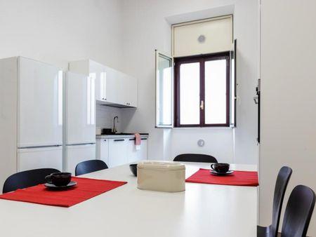 Cozy double bedroom near Villa Borghese