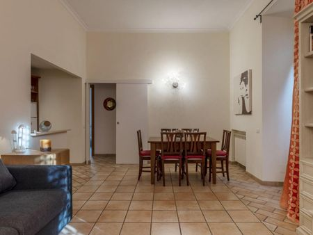 Comfortable 3-bedroom apartment near Castel Sant'Angelo