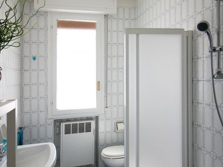 Cosy single bedroom in Barca neighborhood