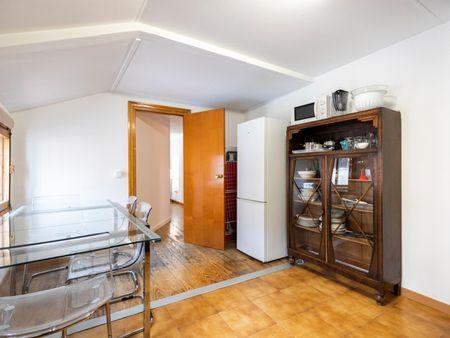 Cozy double bedroom near Noviciado metro station