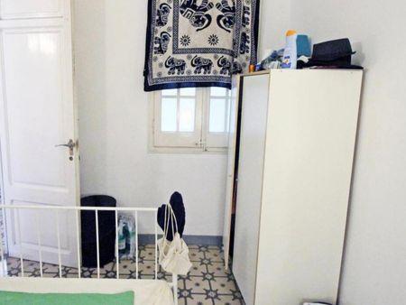 Cool double bedroom in Eixample