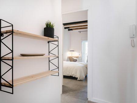 Alluring 2-bedroom apartment near Urgell metro station