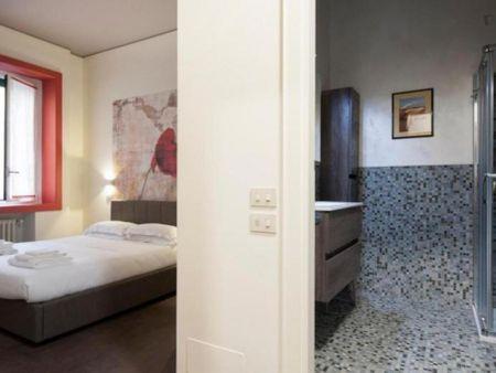Nice 2-bedroom flat in Guastalla area