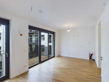 Bright 1-bedroom apartment near U Heinrich-Heine-Straße metro station