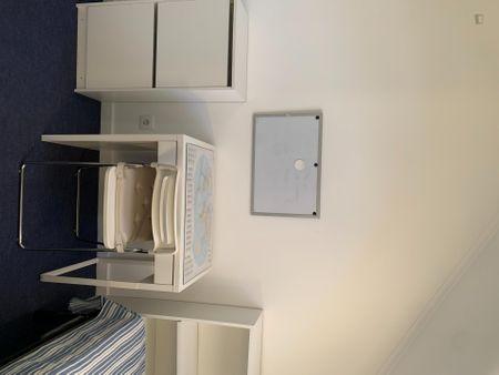 3-Bedroom apartment near Universidade Católica Portuguesa