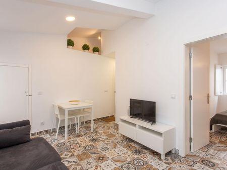 Stunning 2 bedroom flat in typical Alfama