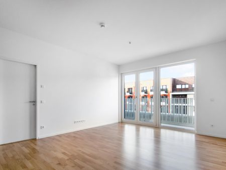 Mitte - 2 room flat with balcony & fitted kitchen