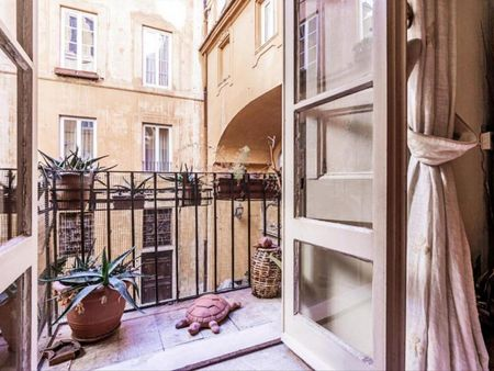 Comfortable 1-bedroom apartment in the historic centre of Rome