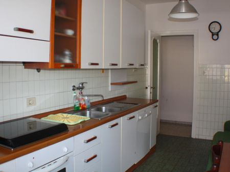 Double bedroom in a 2-bedroom apartment near Roma Tiburtina transport stop
