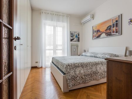 Delightful apartment in Sempione
