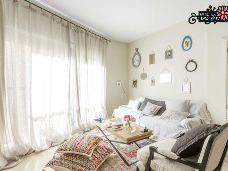 Quarto com várias camas em apartamento com 3 quartos