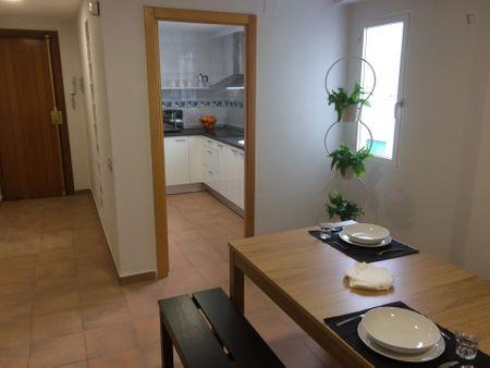 Inviting single bedroom not too far from Universitat Politècnica de València