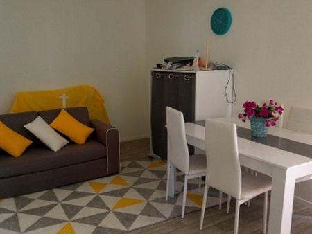 Studio, with outdoor area, in Bagnolet