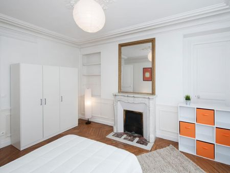 Excellent double bedroom in a student flat, near Jardin du Ranelagh