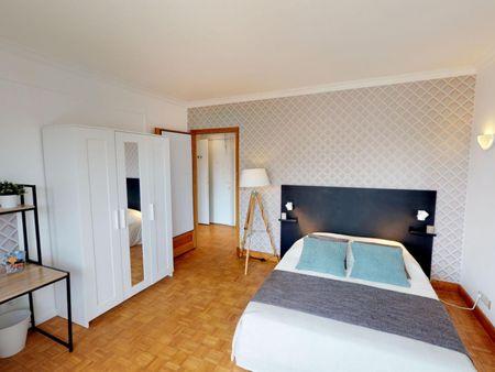 Stupendous double bedroom in Auteuil