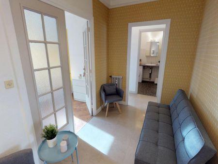 Graceful double bedroom in La Part-Dieu