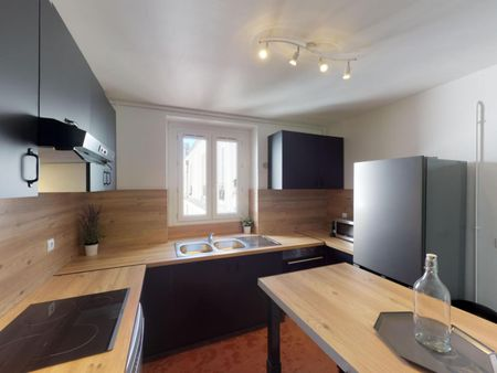 Welcoming double bedroom in well-linked Quartier du Faubourg-du-Roule
