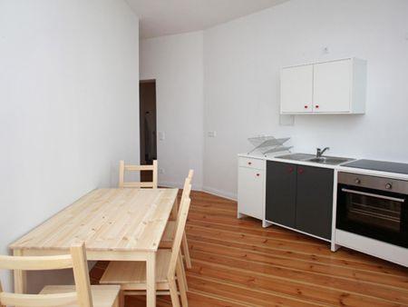 Inviting single bedroom in Friedrichshain