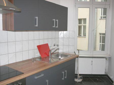 Pleasant single bedroom near Reinickendorfer Straße metro station