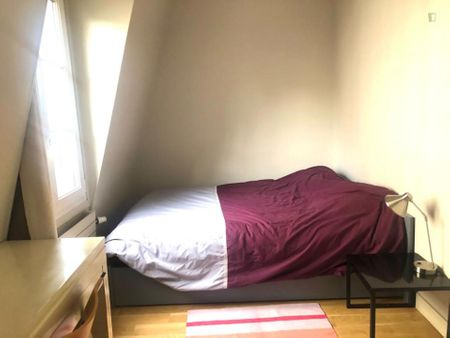Cosy single bedroom in Faubourg Saint-Germain