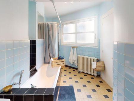 Graceful double bedroom in Saint Seurin - Fondaudège