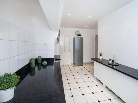 Ample double bedroom in Rochechouart