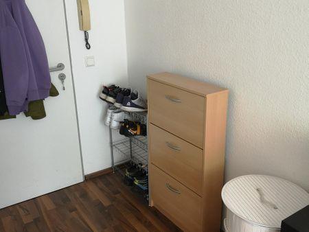 Minimalistic flat located near Universität zu Köln