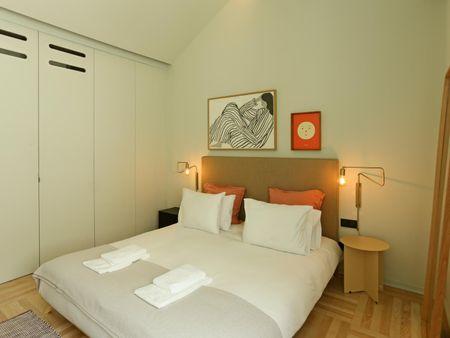 Alluring 1-bedroom apartment near Palácio da Bolsa
