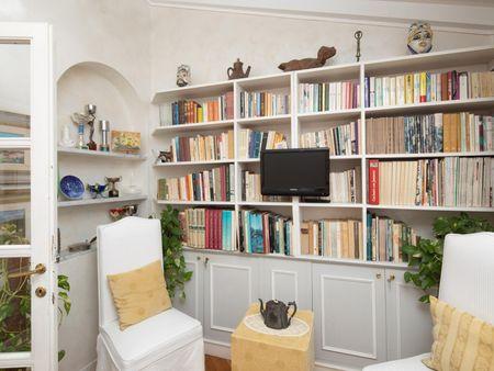 Charming apartment near Giardino Della Gherardesca