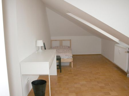 Single bedroom with a balcony, near the Akkon-Hochschule für Humanwissenschaften