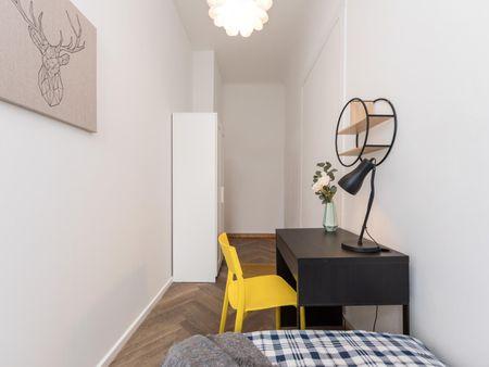 Snug single bedroom with a balcony, near Volkspark Wilmersdorf
