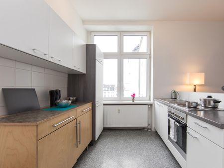 Awesome single bedroom near Dresden-Neustadt transport station