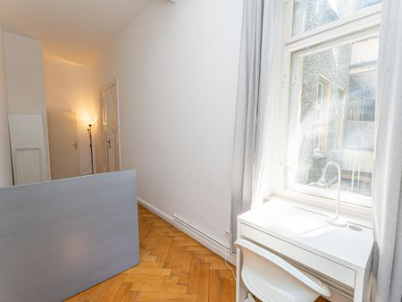 Airy single bedroom with a balcony, in Prenzlauer Berg