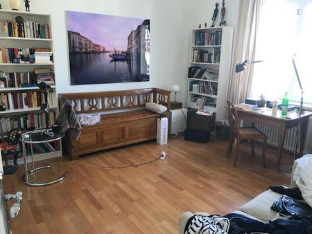Single bedroom in a 4-bedroom flat in Westend-Sd