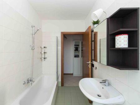 Sublime double bedroom in San Donato